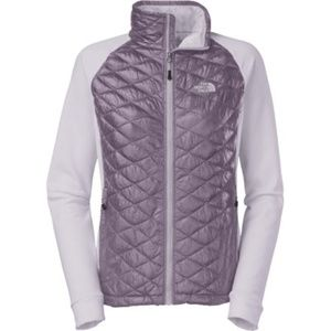 North Face Momentum Thermoball Hybrid